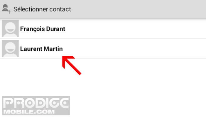 Sélectionner un contact à ajouter dans votre carnet d'adresses