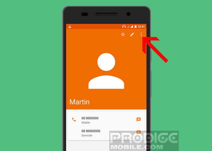 Menu du répertoire téléphonique du smartphone Android