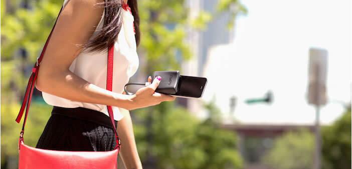 Outil pour recharger son mobile en marchant