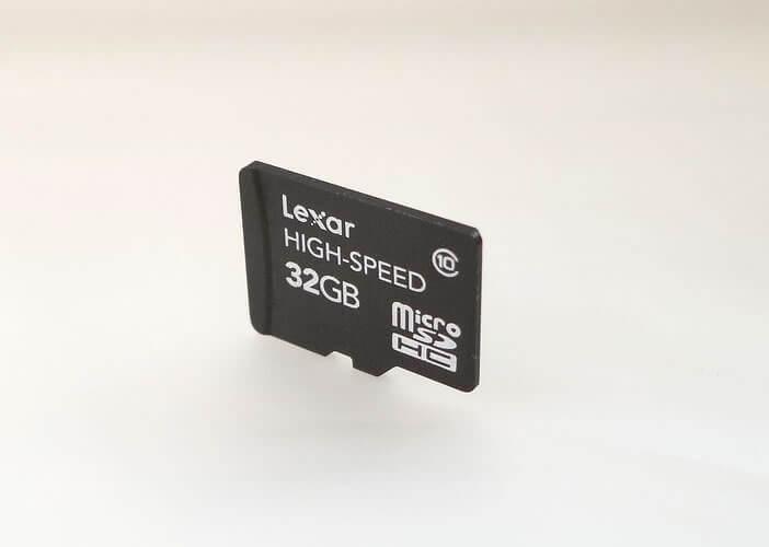 Décrypter les différentes classes et vitesse d'écriture des microSD