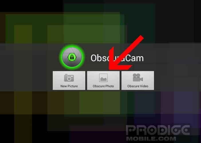 Sélectionnez l'option Obscrure photo pour dissimuler le visage d'une personne