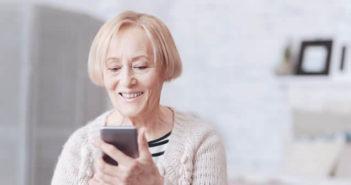 Sélection de smartphones pour les personnes âgées qui éprouvent des difficultés