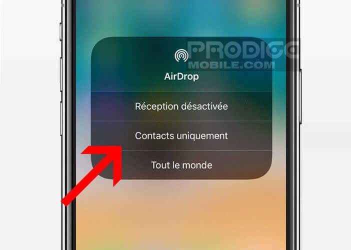 Rendre votre iPhone et la fonction AirDrop uniquement visibles à vos contacts