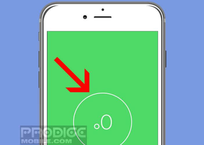 Mesurer l'angle de référence d'une surface avec un niveau à bulle