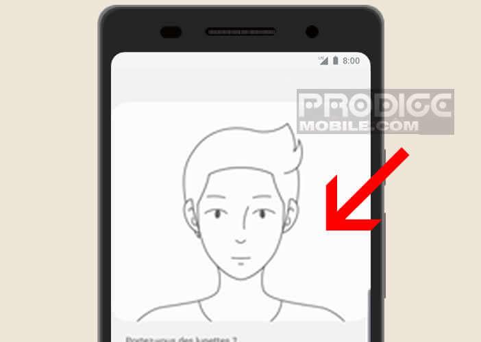 Le déverrouillage par reconnaissance faciale permet une authentification rapide et précise
