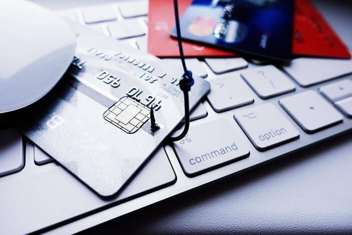 Se faire voler les codes secrets de ses comptes bancaires via un mail piégé