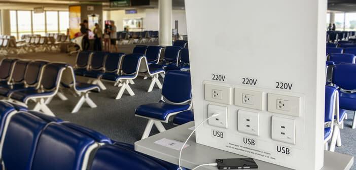 Les dangers des chargeurs USB publics gratuits