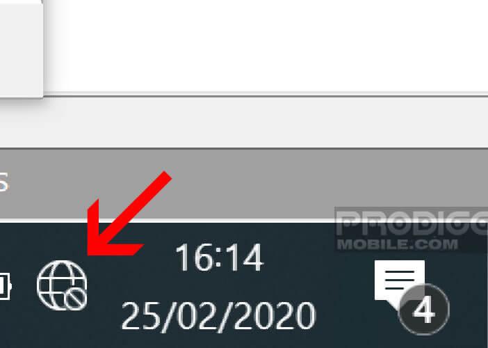 Activer la fonction réseau sans-fil depuis l'icône Wi-Fi se trouvant dans la barre de tâches