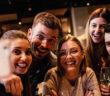 Prendre un selfie en mode mains-libres sans appuyer sur l'obturateur de l'appareil