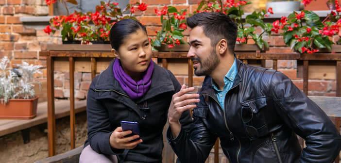 Utiliser Google Traduction pour traduire en direct une conversation