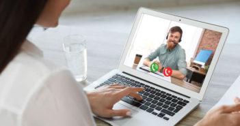 Flouter le décor de fond lors d'une conversation sur Skype