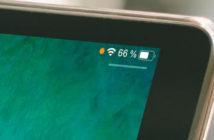 Pourquoi un point orange ou vert s'affiche sur l'écran de l'iPhone ?
