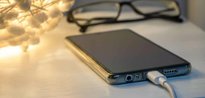 Faut-il recharger son smartphone la nuit ?